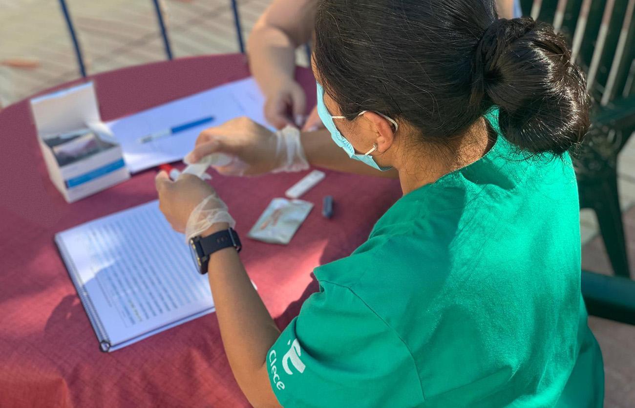 Clece ha comprado máquinas para hacer PCR's a sus trabajadores y residentes con el fin de detectar posibles contagios para actuar en consecuencia